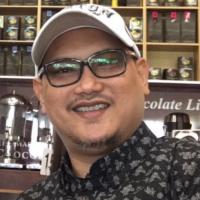 Azul Saed IDAMAN HOME INTERIOR Senior Designer