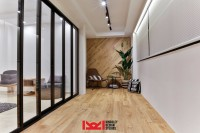 Contemporary Resale Executive HDB by Kingsley Interior Pte Ltd
