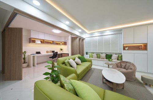 Contemporary Resale 4-Room HDB by Aritz Design & Construction