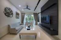 Modern Resale Condominium by Design Avenue