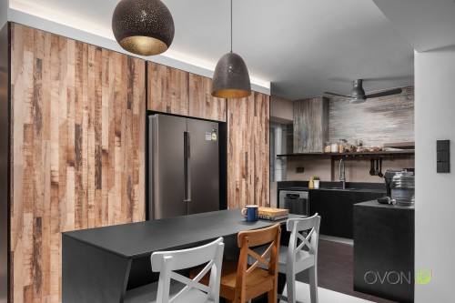 Industrial Resale Executive HDB by Ovon Design Pte Ltd