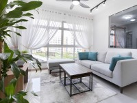 Modern Resale 4-Room HDB by U-Home Interior Design Pte Ltd