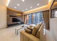Modern New Condominium by U-Home Interior Design Pte Ltd