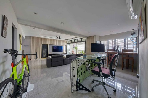 Contemporary Resale 5-Room HDB by The Interior Lab Pte Ltd