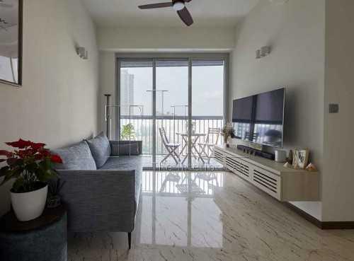 Modern New Condominium by The Interior Lab Pte Ltd