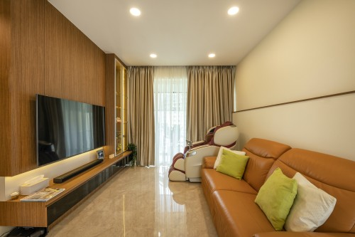 Asian Resale Condominium by Le Interi Design