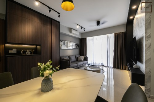 Contemporary New Executive HDB by Space Atelier Pte Ltd