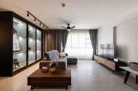 Contemporary Resale 5-Room HDB by U-Home Interior Design Pte Ltd