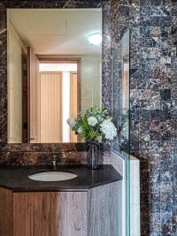 Contemporary Resale Condominium by Kontrast Design