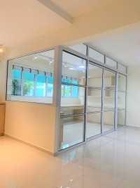 Modern Resale 5-Room HDB by Defong Interior Design