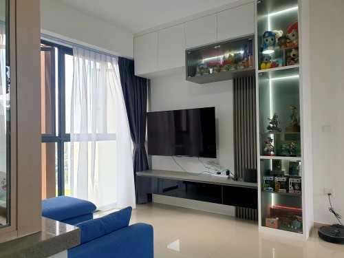 Modern Resale Condominium by Premium Artz Pte Ltd