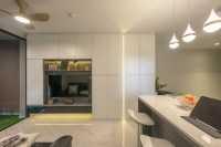 Modern New Condominium by Le Interi Design
