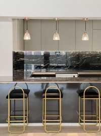 Modern Resale Executive HDB by Troy Design Pte Ltd